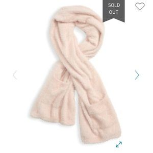 Leitner cozy pale pink scarf